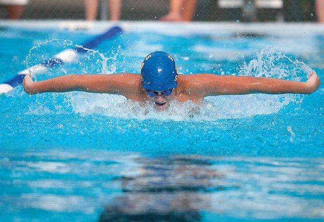nova southeastern university swim meet